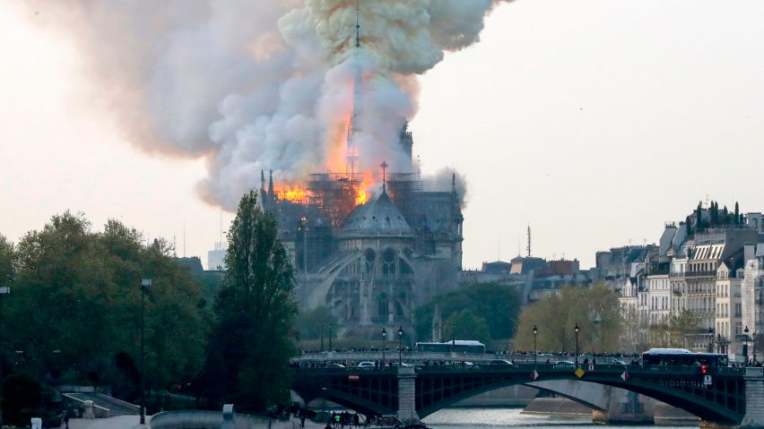 https://frederic-petit.eu/wp-content/uploads/2019/04/notre-dame-cathedral-fire-2019-getty-images-hero_a-852x479.jpg